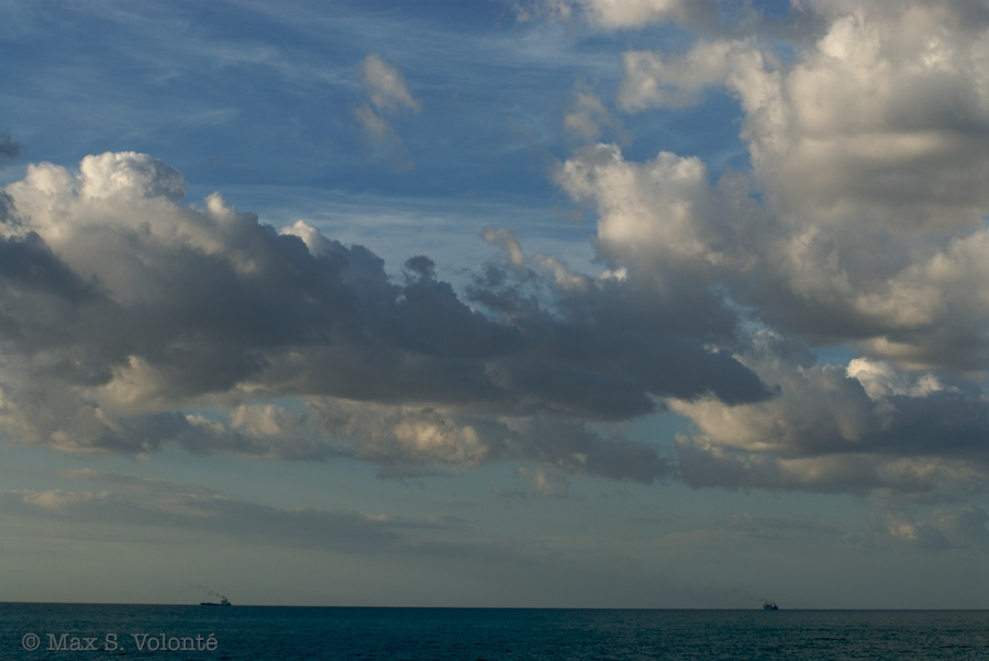 Roaming clouds