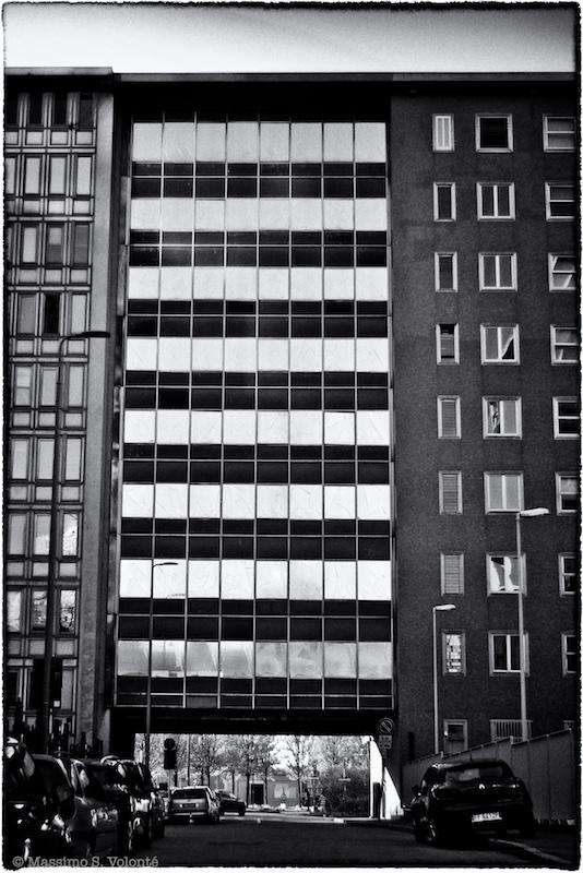 Black and white cityscape, Volonte fotografo MIlano