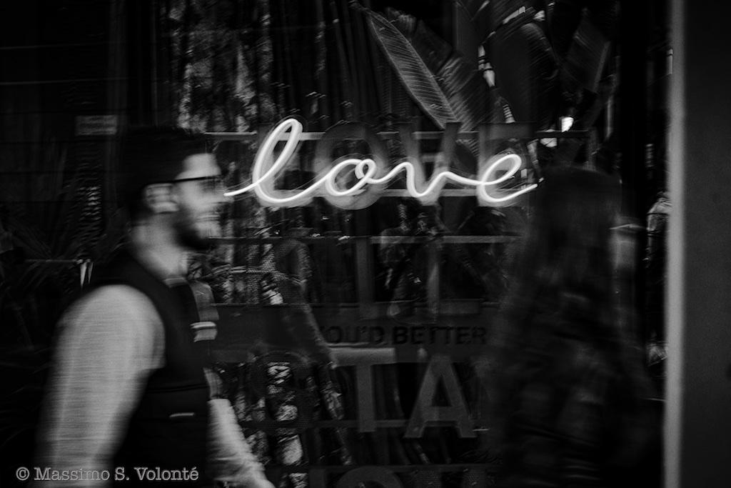 Love enlightened, Monochrome, Volonte fotografo milano